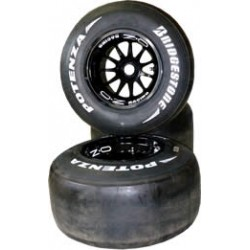 RENAULT R29 complete front wheel