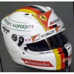 2015 Sebastian Vettel / Ferrari replica helmet