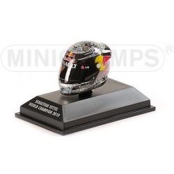 Casque Sebastian Vettel  échelle 1/8 Champion du monde 2010