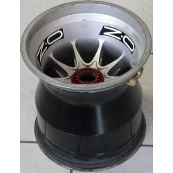 2014 Caterham F1 OZ rear wheel rim
