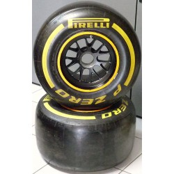 2014 complete CATERHAM F1 front wheel