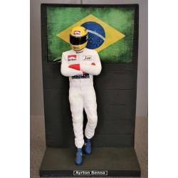 Ayrton SENNA / TOLEMAN F1 figurine